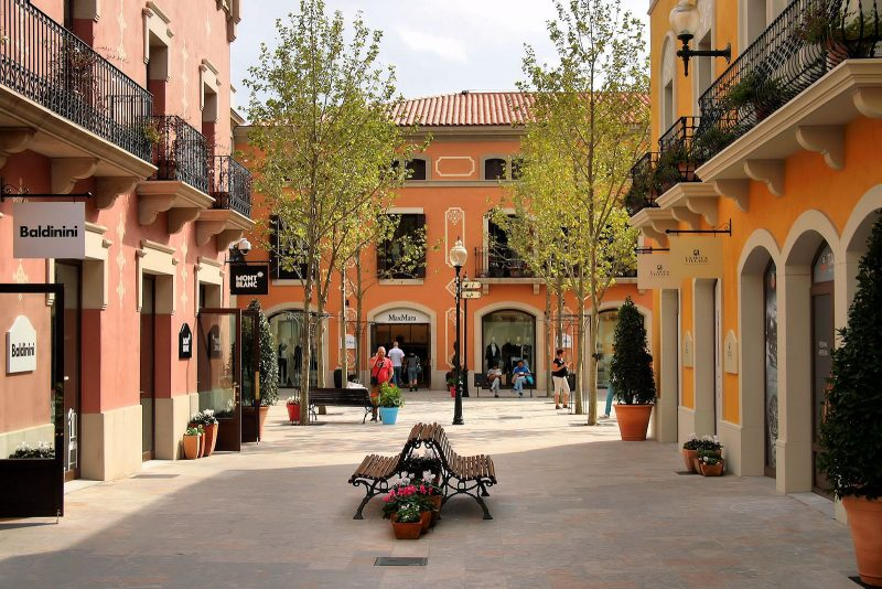 barcelona outlet