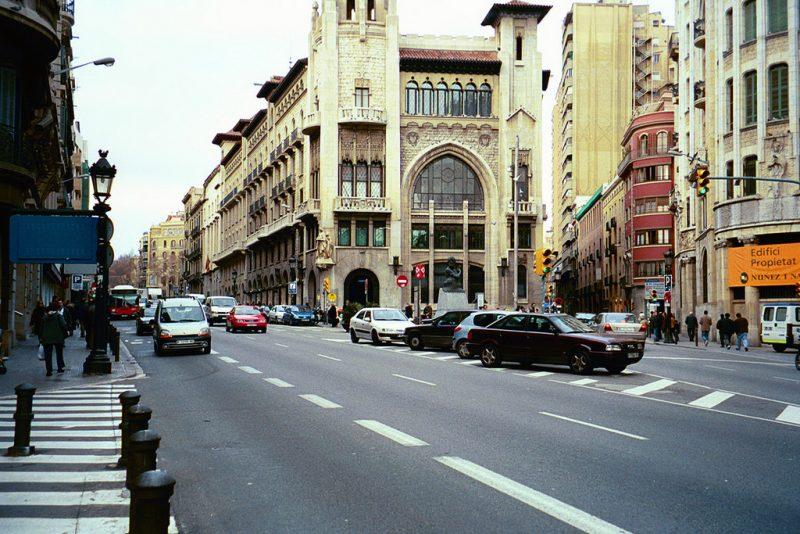 barcelona metro 11
