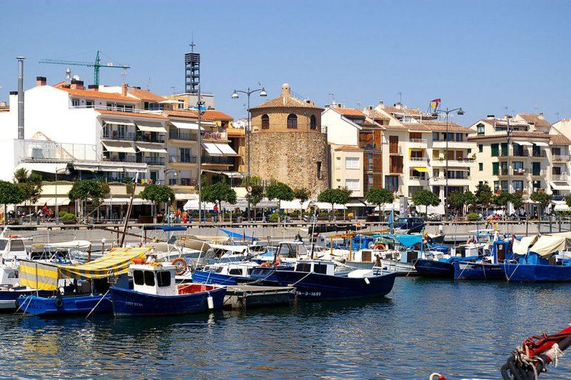 1024px-Cambrils_Port_(Baix_Camp,_Catalunya)